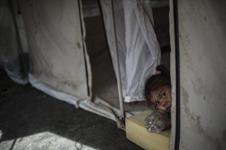 devojčica; siromaštvo