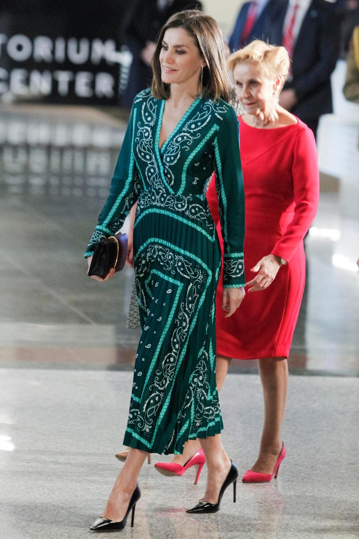 haljina kraljice leticije