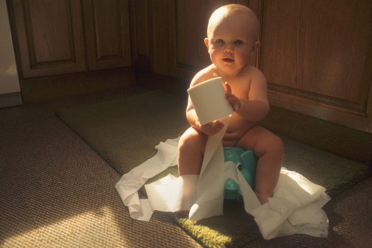 bebe bez pelena