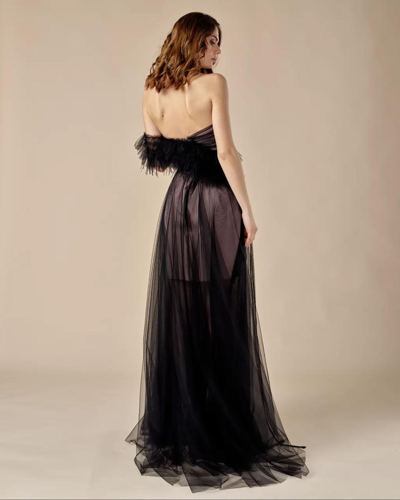 Crna haljina, Dženifer Lopez
