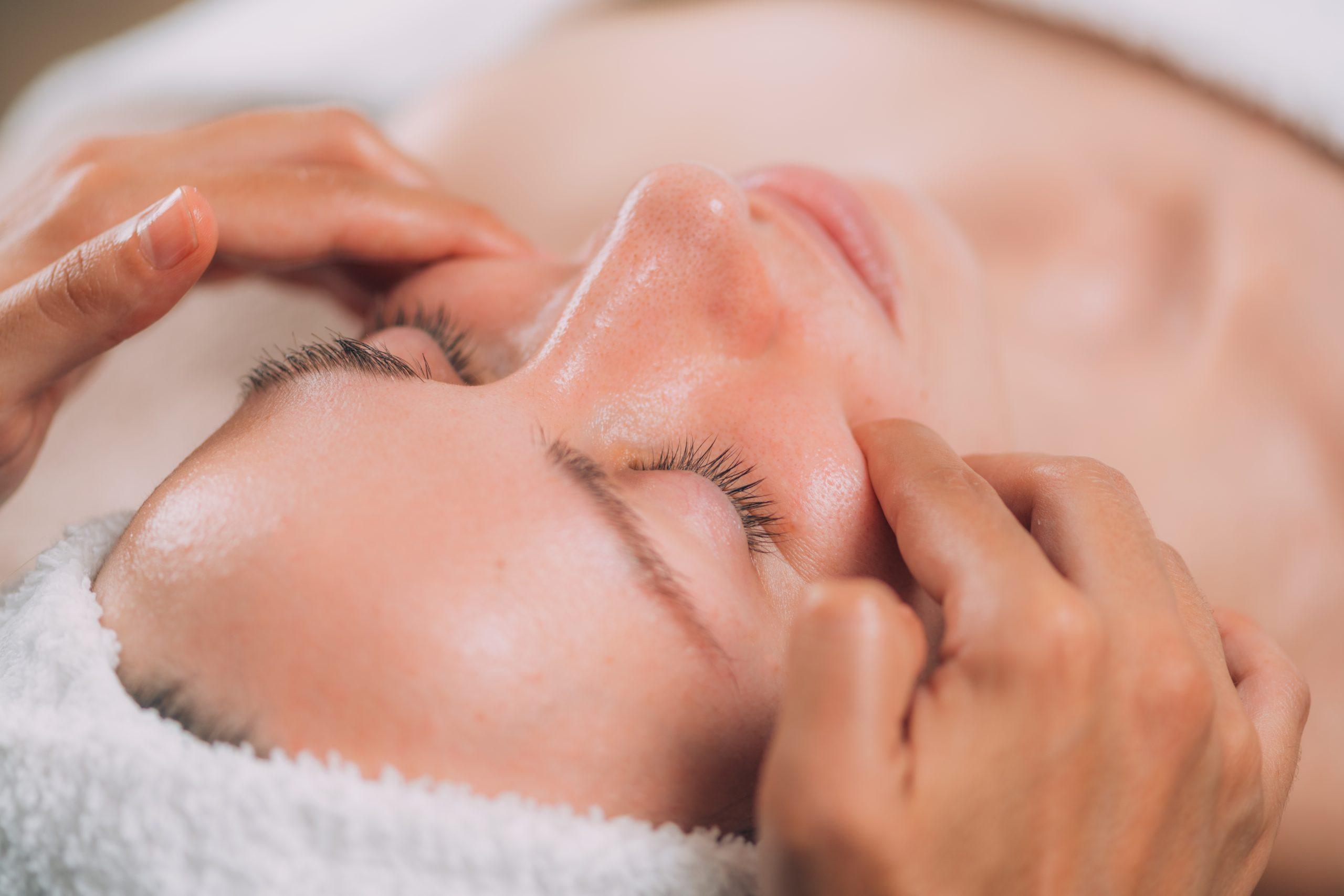 Bukalna masaža lica