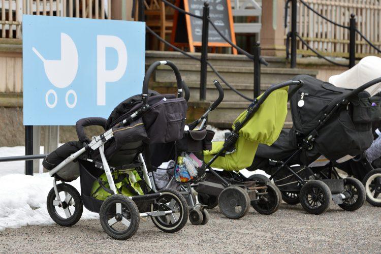 Kolica, dečija kolica, dečja kolica, parking za kolica