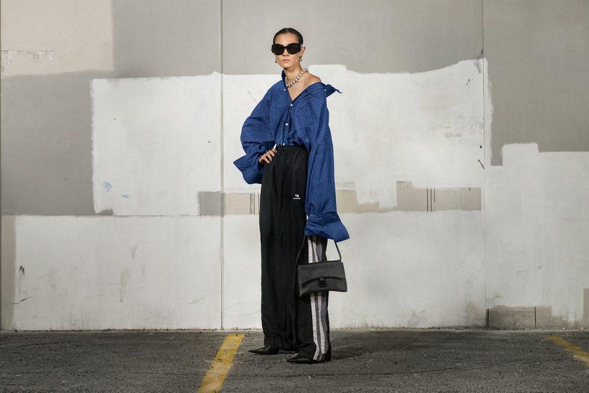 Kako se vama čini ovaj novi modni trend?Džemper sa rupama od moljca prodaju za 1.500 evra
