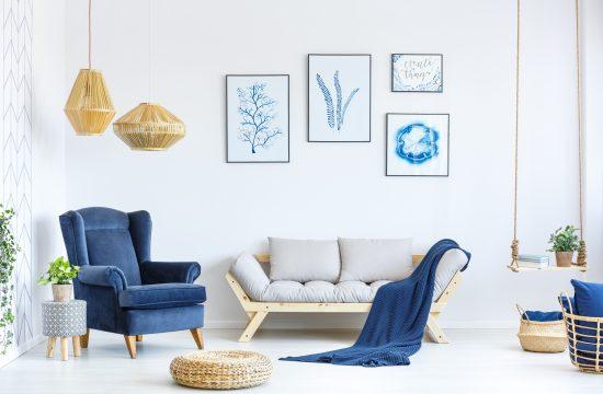 Dnevna soba, plavo, belo, enterijer